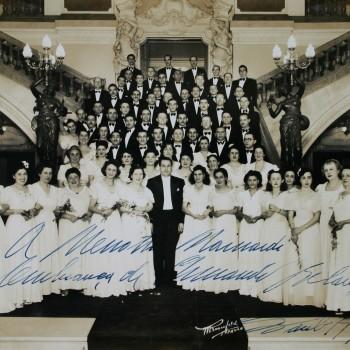 Maestro Armando Belardi e Coral Lírico, 1941 (Acervo Theatro Municipal)