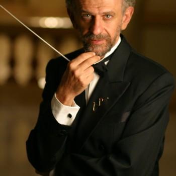 Maestro Jamil Maluf. Foto por Gal Oppido
