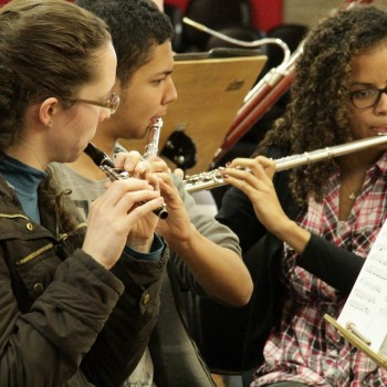 Alunos da Escola Municipal de Música (Foto: Desirée Furoni)